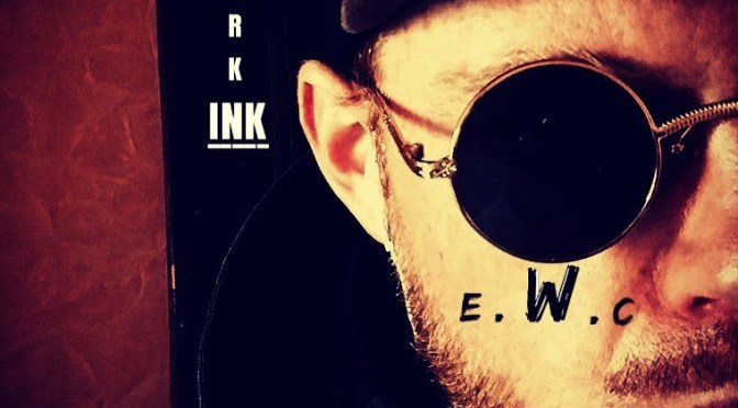 EAST WOOD retrouvez son 2eme album «SCRAWLING THE DARK INK»